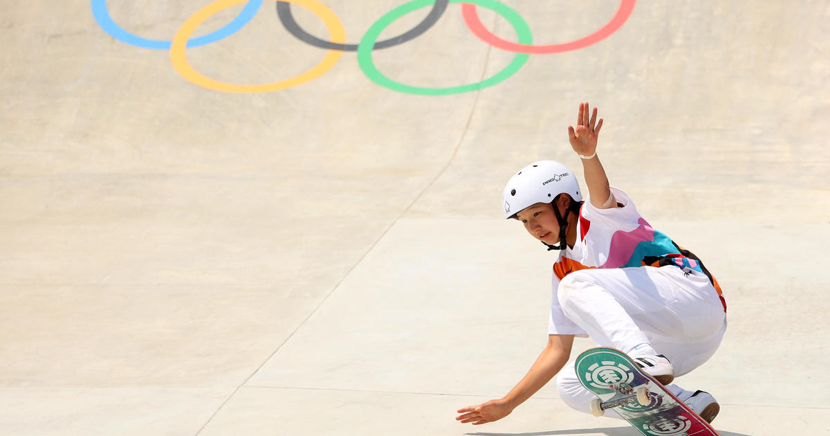 13-year-old Olympic skateboarder Momiji Nishiya becomes one of the youngest gold medal winners ever