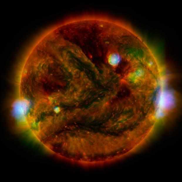 pia19821-nustar-xrt-sun.jpg