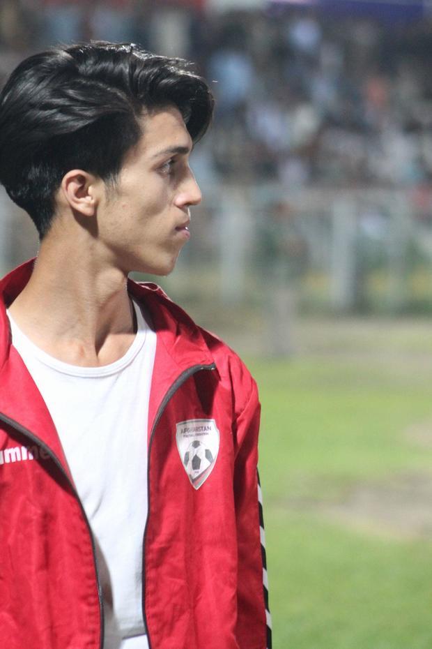 zaki-anwari-football.jpg