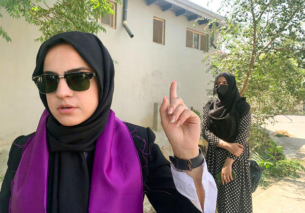 Afghanistan Women Fighting On