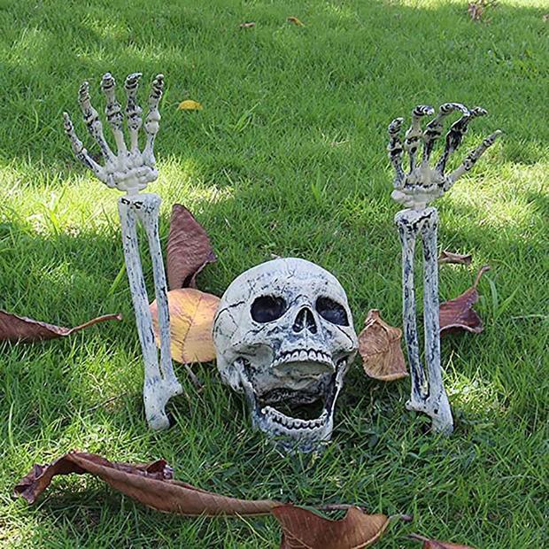 skeletonoutofground.jpg