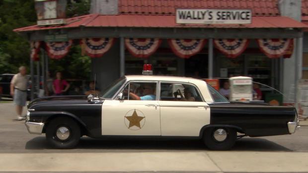 mayberry-2-squad-car.jpg
