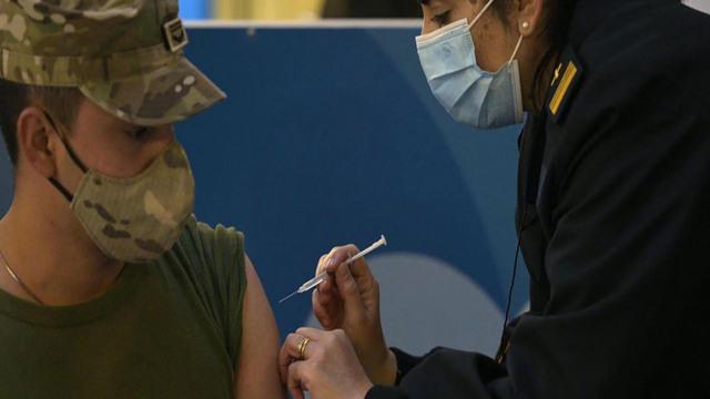 0916-cbsn-army-vaccine-794198-640x360.jpg