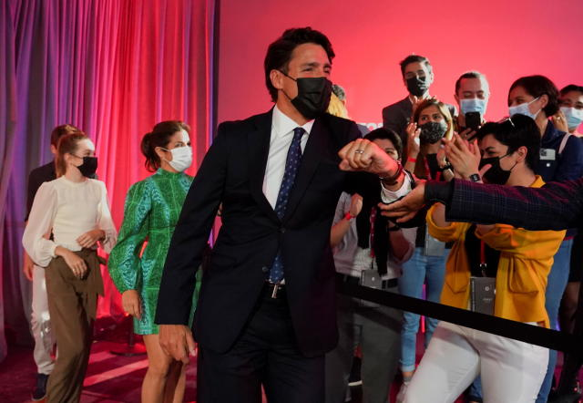Canada's Trudeau re-elected as Prime Minister but his Liberal Party falls short of parliamentary majority - CBS News