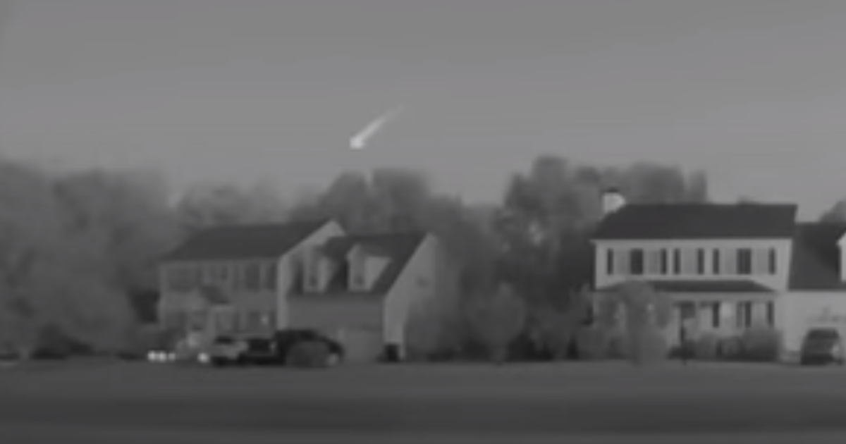 Massive fireball soaring over North Carolina at 32,000 mph caught on video