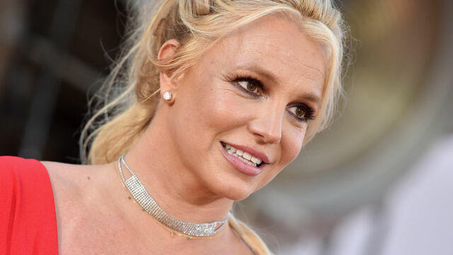cbsn-fusion-judge-suspends-britney-spears-father-from-her-conservatorship-thumbnail-804286-640x360.jpg