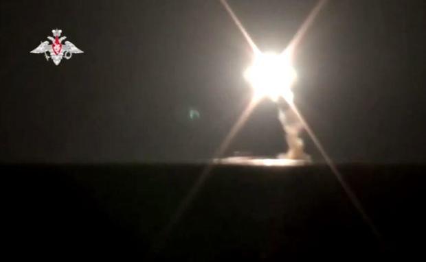 russia-tsirkon-hypersonic-missile-sub-launch.jpg