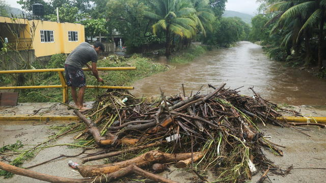 Hurricane Rick makes landfall on Mexico's Pacific coast